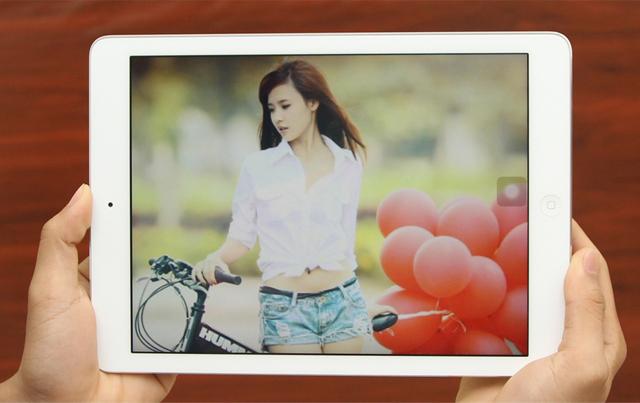 iPad Air 4G 32GB màn hình